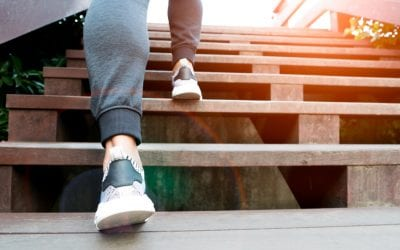 Knee Pain: Navigating Stairs